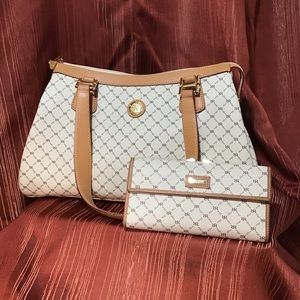 Rioni Leather Handbag and Wallet Combo.